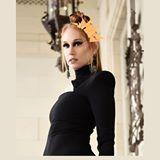Blogger     Gaby Buk - Psicóloga, maquilladora y bailarina.
