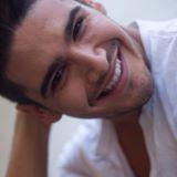 Blogger    Marco Antonio Araya Ravello - Periodista, tripulante de cabina y moda