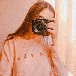 Blogger  Giuliana Cataldi - Fotógrafa y creadora de contenido.