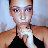 Blogger  Isa Scelato - Instagramer de belleza, make up y viajes