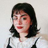 Blogger   Ai Hope - Freelancer y fotógrafa.